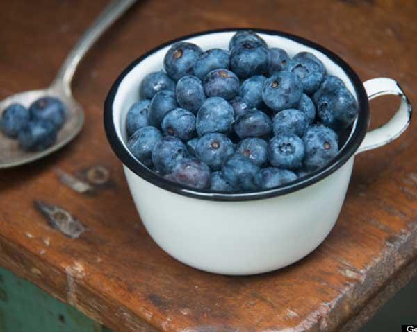 Blåbär i mugg - blåbär kan skydda din syn.
